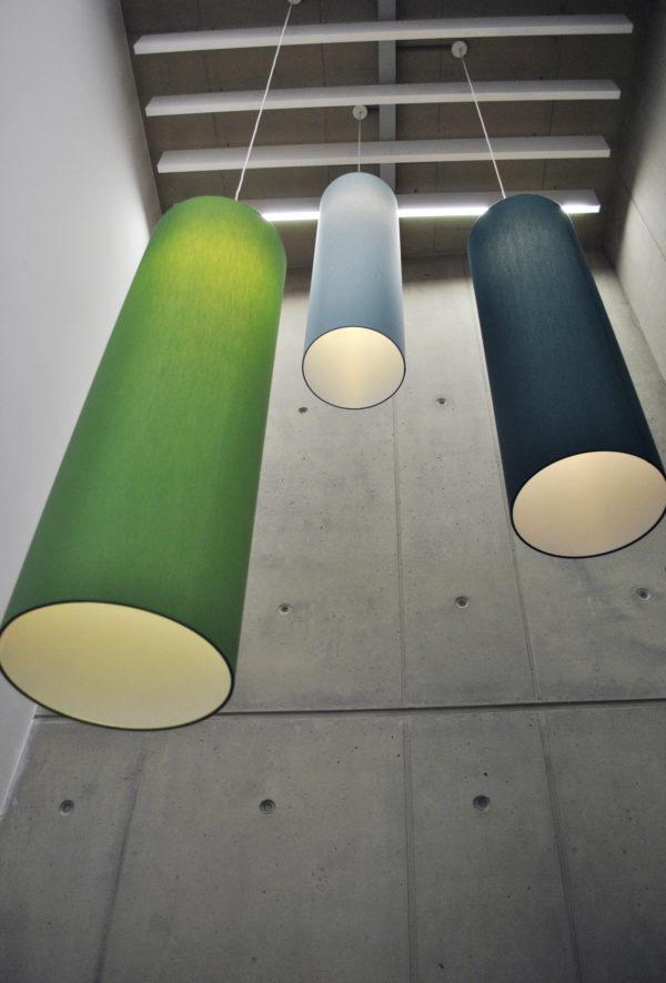 Die kaschierten Lampenschirme für das Bürgeramt wurden gefertigt von der Lampenschirmwerkstatt Barten in Schwarzenbek.