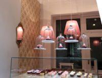 Die Lampenschirme aus der Lampenschirmwerkstatt Barten sind ähnlich zauberhaft wie die Cup Cake Dekorationen.