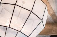 Sauber verarbeitete Materialien an diesem Lampenschirm aus der Lampenschirmwerkstatt Barten.